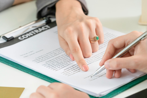 امضای قرارداد